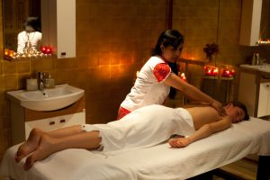 spa massage delhi